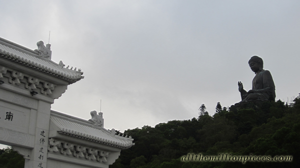 Hong Kong, Big Buddha and gate